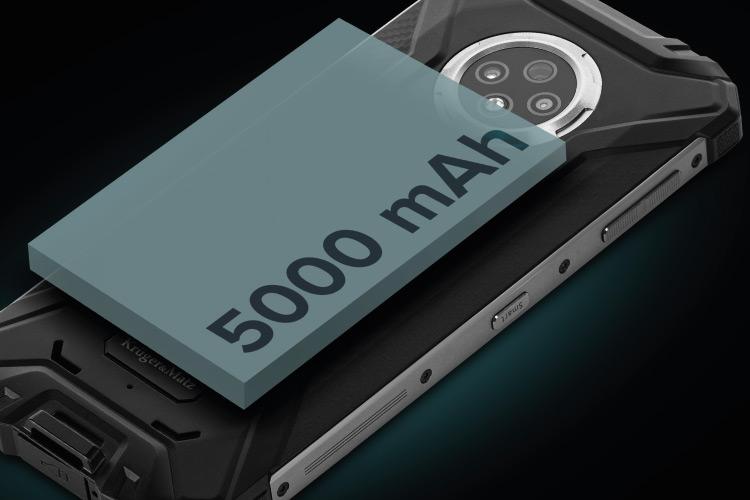 Wzmocniony smartfon z dużą baterią