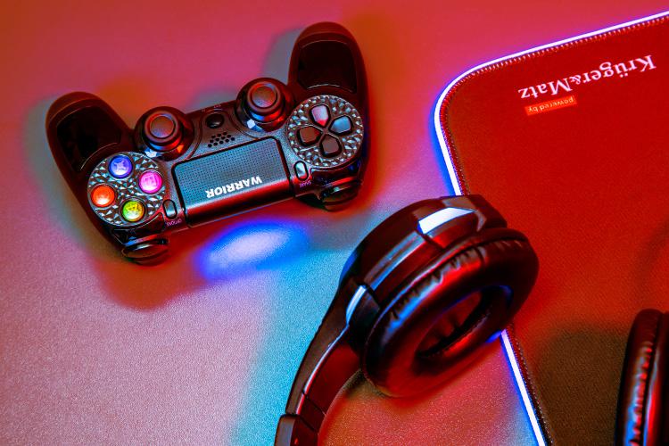Pad do PS4 bezprzewodowy