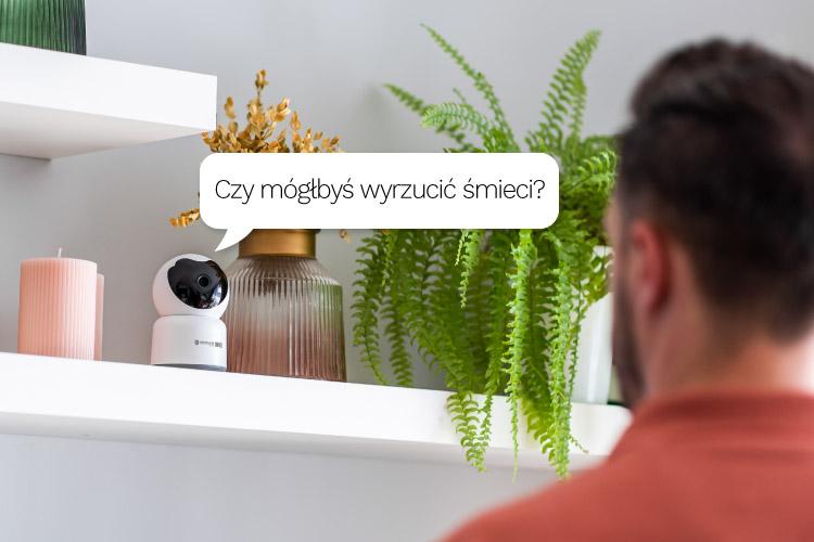 Kamera z głośnikiem i mikrofonem