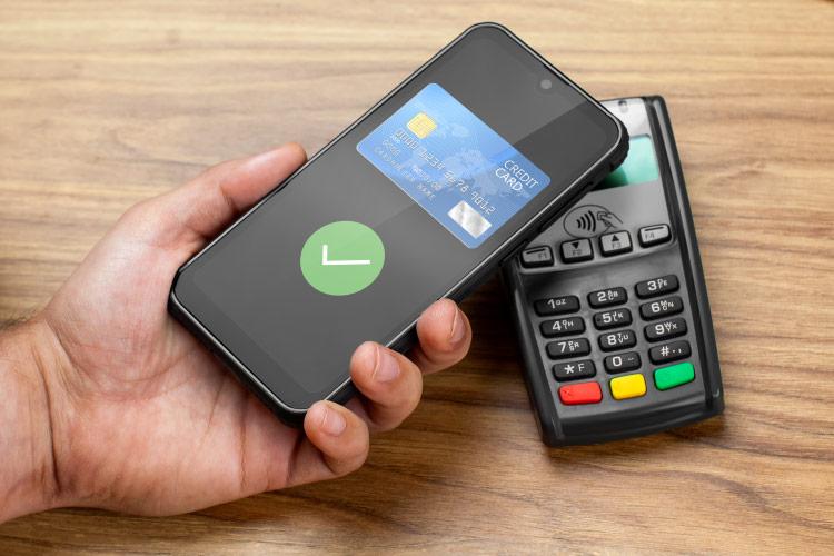 Smartfon z NFC