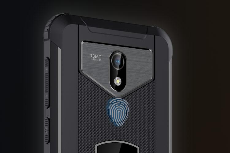 Smartfon z czytnikiem linii papilarnych